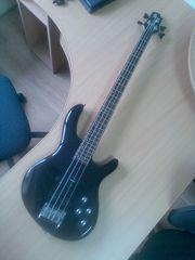 Бас гитара Cort Action A   чехол и ремень