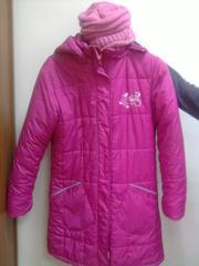 Продам детскую куртку пуховик  для девочки 8-12 лет  не дорого