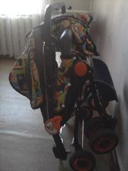 Детская коляска удобная в использовании,  легкая ,  компактная