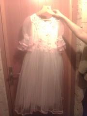 Продам сказочное белое платье для маленькой принцессы