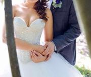 Продам дизайнерское свадебное платье Ester Оксана Муха б/у