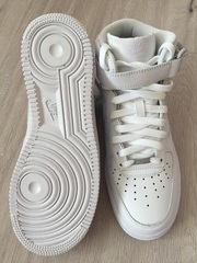 Кроссовки Nike Air Force 1 Mid 07 Women's